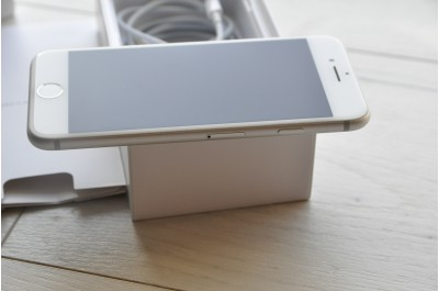 Apple iPhone 7 32 Gb Silver Neverlock