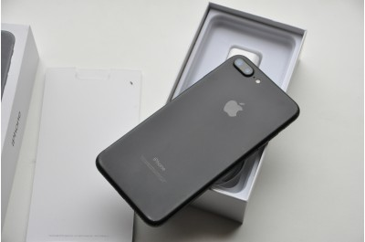 Apple iPhone  7 Plus 128  Gb Black  Neverlock