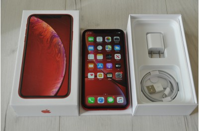 Apple iPhone XR  64 Gb RED  Neverlock